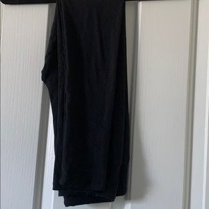 Lularoe Solid Black One Size Leggings
